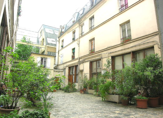 BIEN VENDU : Studio 29,14m² <br /> Paris 9ème - M° Cadet <br /> 282 000 €
