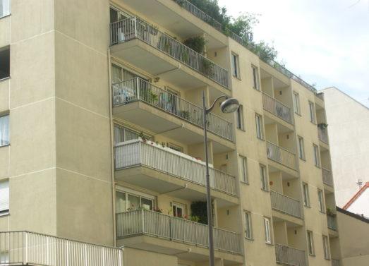 Studio 35m² + balcon <br /> Pr. Place Edith Piaf - Paris 20ème <br /> 761 € CC