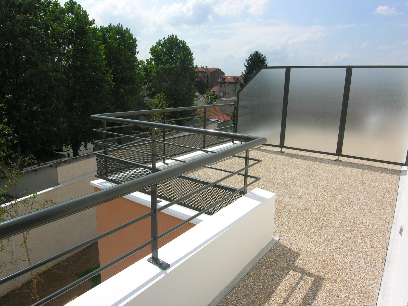 4 Pièces 84m² + Terrasse 26m² <br /> Bagnolet - Avenue Raspail <br /> 379 000 €